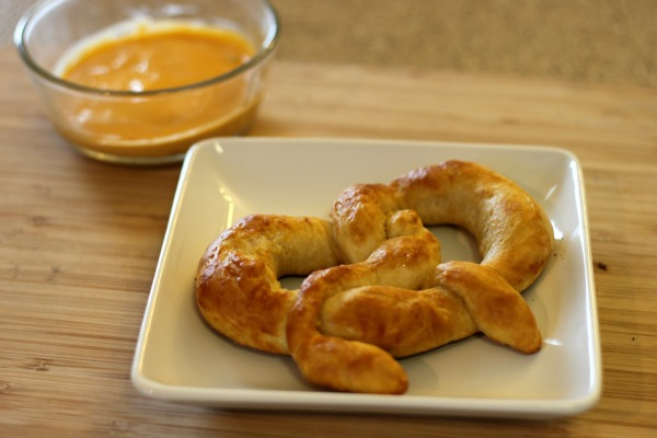 Homemade Pretzels - Auntie Anne's copycat recipe