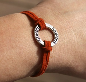 Circle Inspiration Bracelet - Strength
