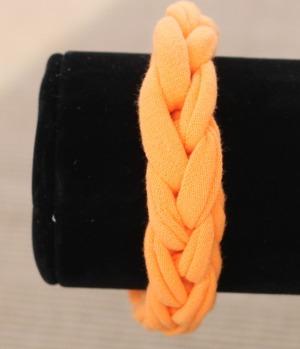 T-shirt finger weave bracelet